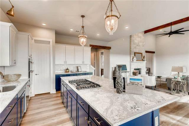 Photo by Big Country Custom Homes - Cabinets & Countertops By Gold Star Cabinets & Countertops